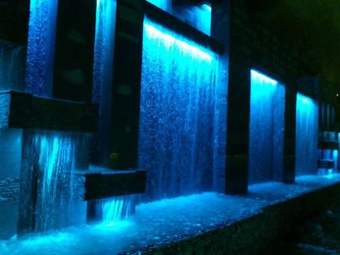 Doğal & Yapay Süs Havuzu